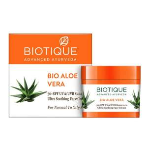 Крем для лица солнцезащитный SPF30+ для нормальной и жирной кожи Биотик Био Алоэ Вера (Biotique Bio Aloe Vera 30+ SPF Sunscreen Cream), 50г