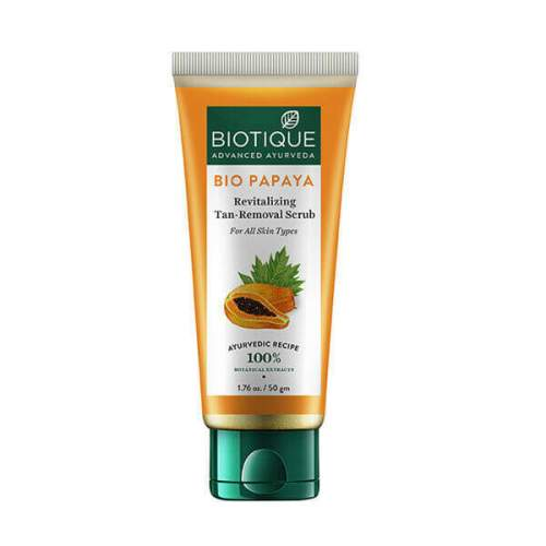 Восстанавливающий скраб для лица Биотик Био Папайа (Biotique Bio Papaya Revitalizing Tan-Removal scrub), 50г