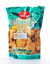 Пряные Пирожки Халдирамс Самоса (Haldiram's Samosa Spicy Indian Snack With Creen Cram Cashew Nuts&Raisins), 200г